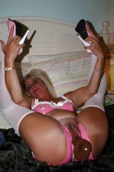 Sexgeile Hausfrau sucht geile Treffen